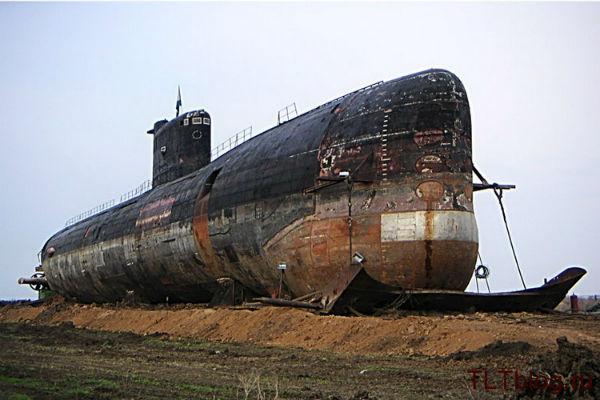 древняя подводная лодка укров